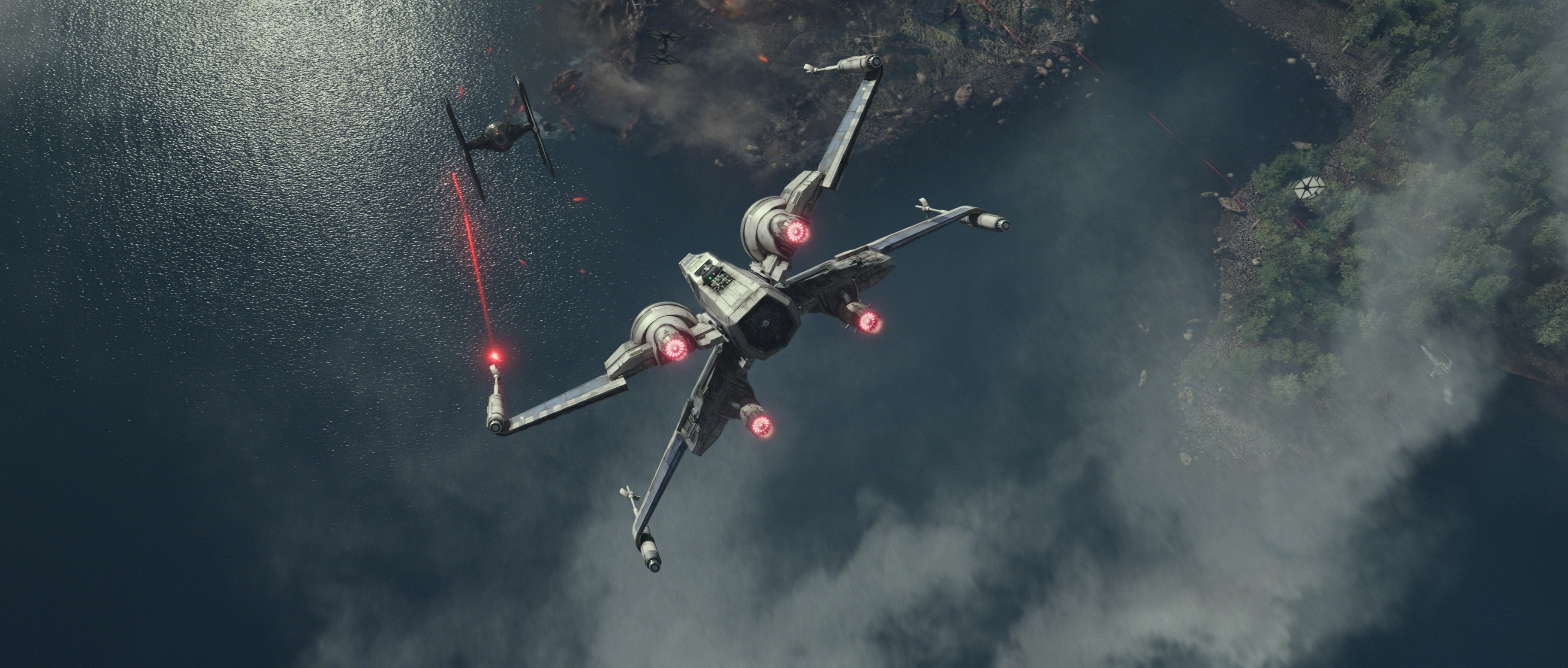 Star-Wars-7-Trailer-3-X-Wing-vs-Tie-Fighters